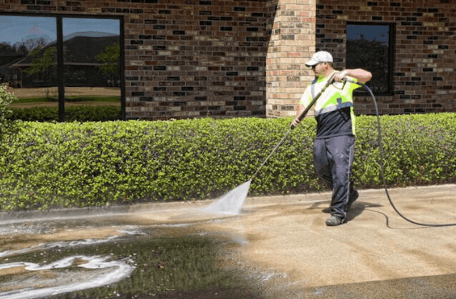 commercial concrete cleaning in baytown